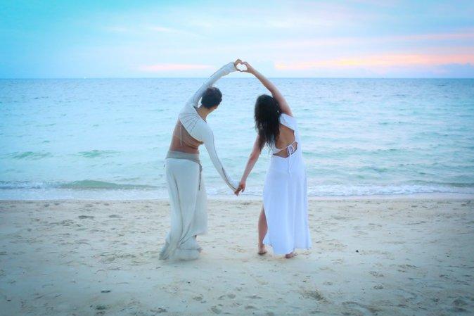 beach yoga 3