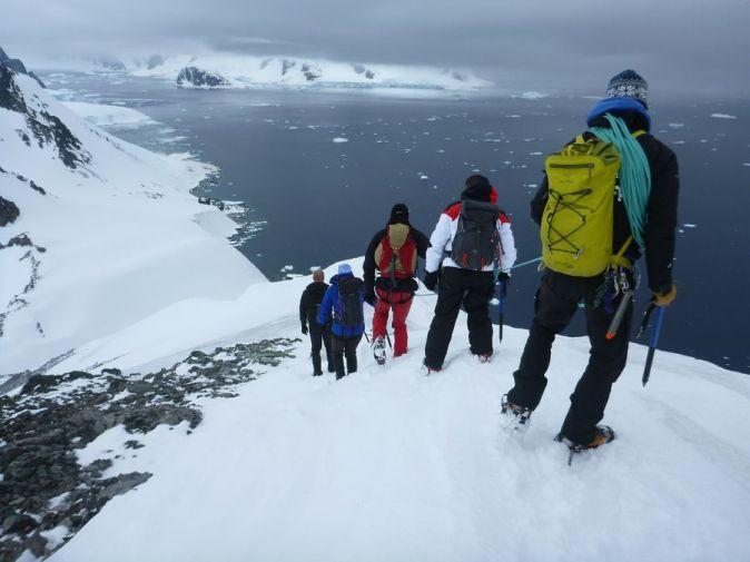 Hiking Artica